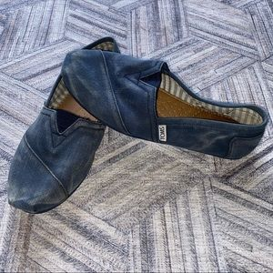 Faded Blue Canvas Toms